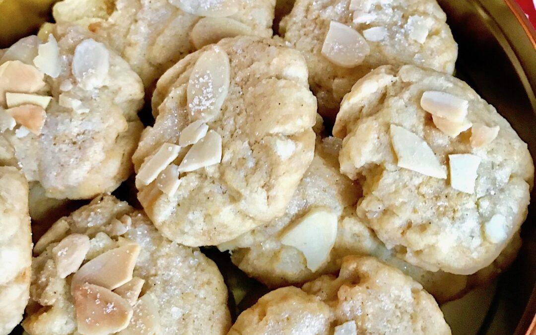 Serinakaker; one of the original Norwegian Christmas cookies veganized