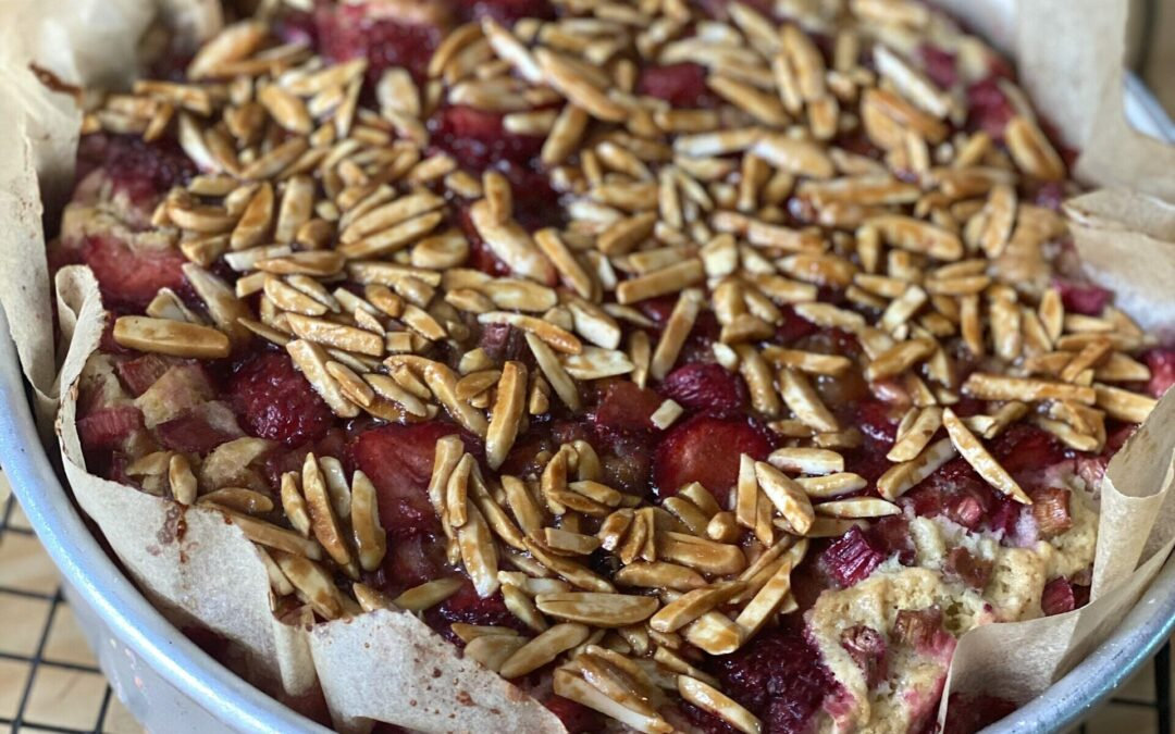 Strawberry-Rhubarb Cake